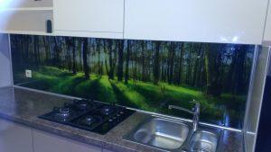 Virtuvės dekoratyviniai stiklai
