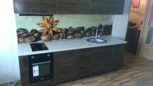 Tamsūs virtuvės baldai
