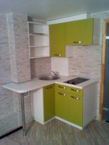 Virtuvės baldai mažai virtuvei