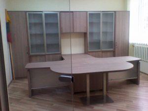 Ofiso baldai kaina