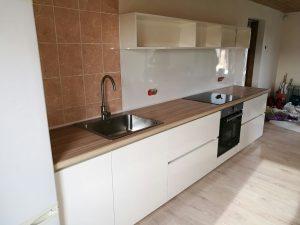 Virtuvės baldai namams