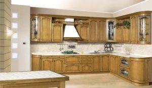 Mediniai virtuvės baldai