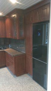 virtuvės baldai šaldytuvai